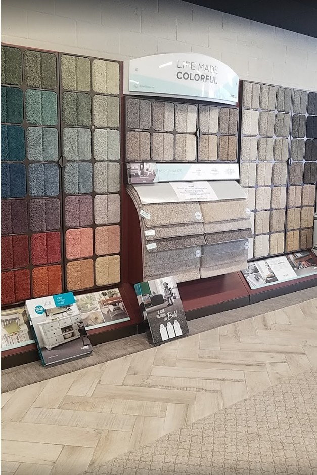 Webb Carpet interior | West Michigan Carpet Center